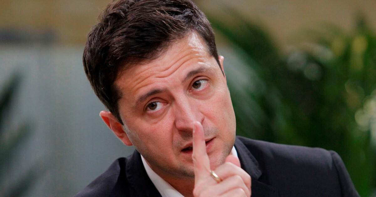 Зеленский назвал вторую проблему в Украине после коронавируса