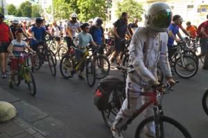 Любимым спортивным времяпрепровождением украинцев стали покатушки на велосипедах