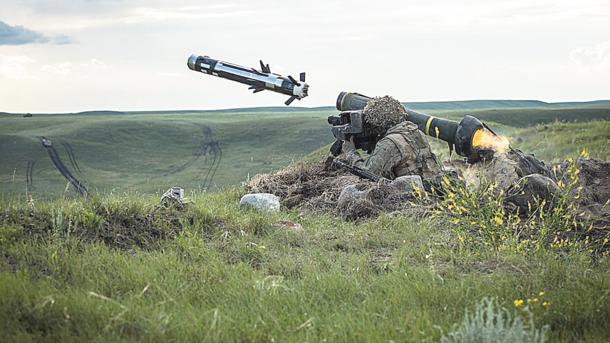 Украина может покупать оружие в США – Волкер