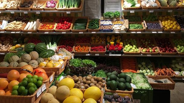 Ціни у червні: чому такі дорогі огірки і коли пора варити варення з полуниці, фото-1
