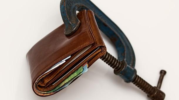 Стягнення боргу із заробітної плати: юрист розповів, коли виконавець може його накласти, фото-1