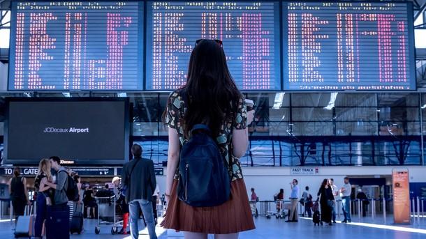 Авіаквитки за 10 євро: як знайти дешеві пропозиції і куди злітати, фото-1