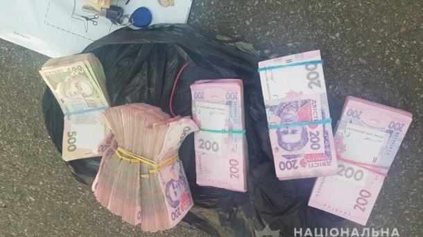 Банда иностранцев устроила дерзкое ограбление в Киеве: фото и видео с места ЧП