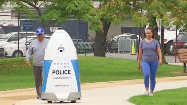 В США заступил на службу 'робокоп'