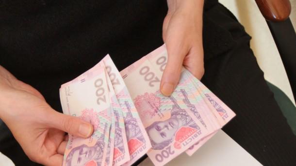 Стало відомо, скільки боргів по аліментах стягнули в Україні, фото-1