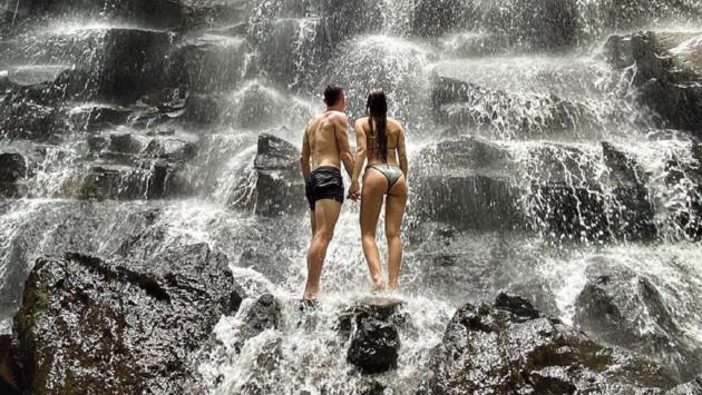 Цыганков с девушкой на Бали