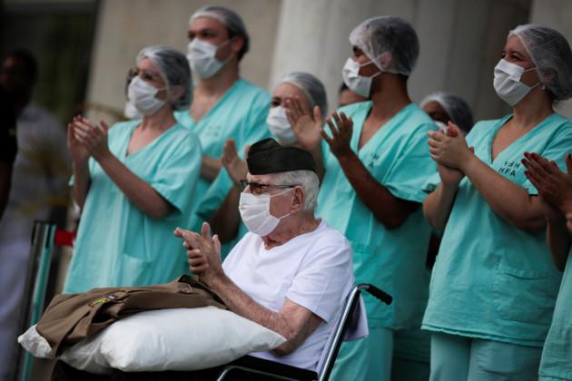 99-летний ветеран вылечился от COVID-19. Источник: REUTERS/UM/zuz