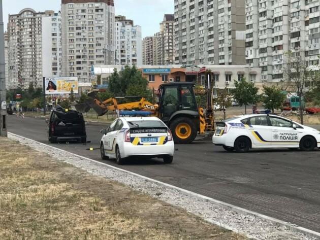 Фото: Александр Долгий и патрульная полиция Киева