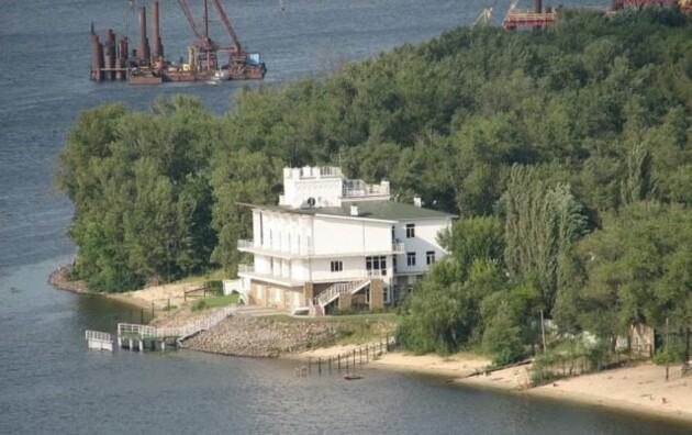 Фото: прокуратура Киева и сайты по продаже недвижимости