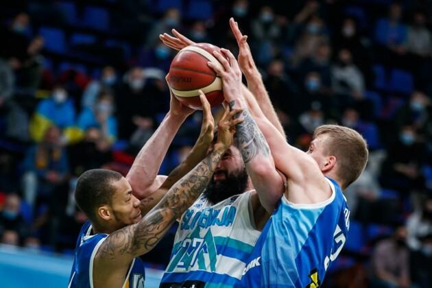Украина задавила чемпиона Европы! Наш американец дожал Словению в отборе на ЧЕ-2022