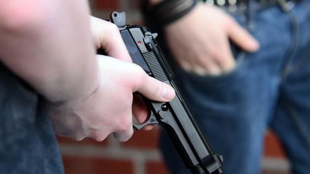Во Львове произошла массовая драка со стрельбой