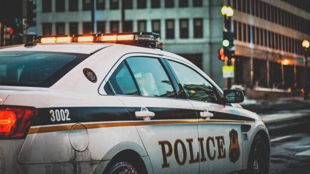 В США полицейский, подозреваемый в убийстве темнокожего, может загреметь за решетку на несколько десятков лет