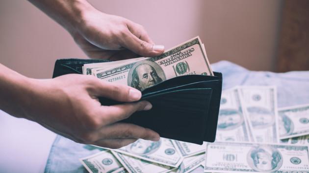 """""""Безвольный рынок"""": эксперт спрогнозировал курс доллара в Украине"""