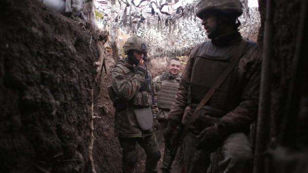 Боевики снова обстреляли украинские позиции на Донбассе