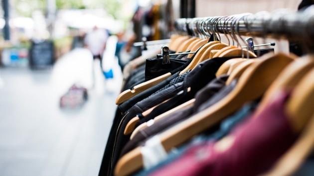 Как правильно дезинфицировать одежду во время пандемии