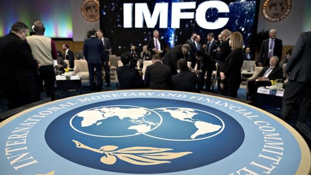 Украина не прекращала переговоры с МВФ - Милованов