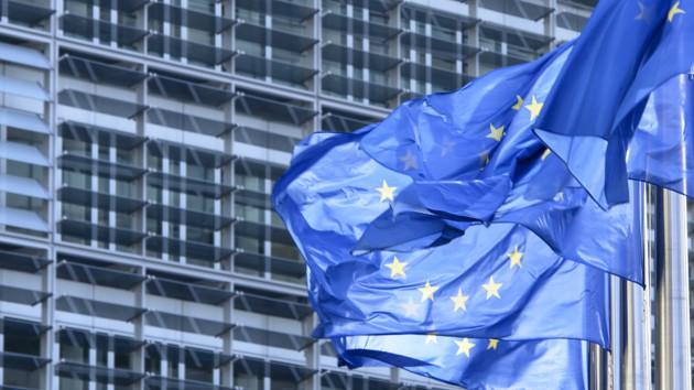Евросоюз остановит экспорт оружия в Турцию