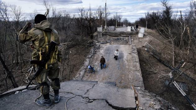Восстановление моста в Станице Луганской: названы сроки