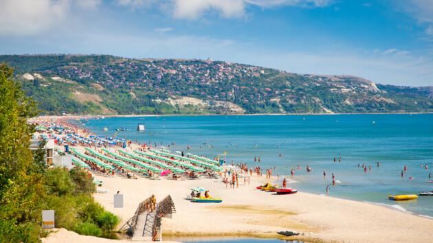 Стало известно, когда Болгария снова откроется для туристов