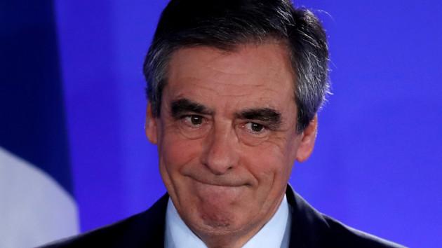 Бывший премьер Франции сядет в тюрьму: суд вынес жесткий приговор