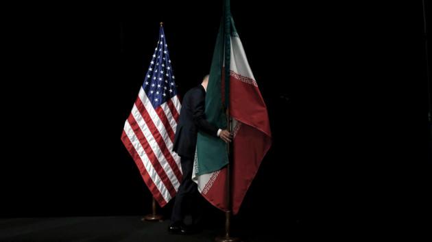 """""""Выложить на стол план атак"""": сенатор США о давлении на Иран"""