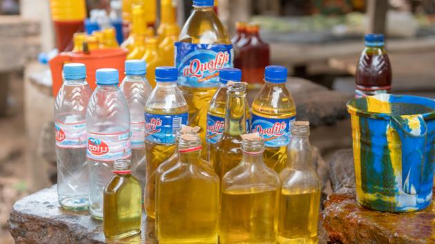 Пальмовое масло добавляют в разные продукты