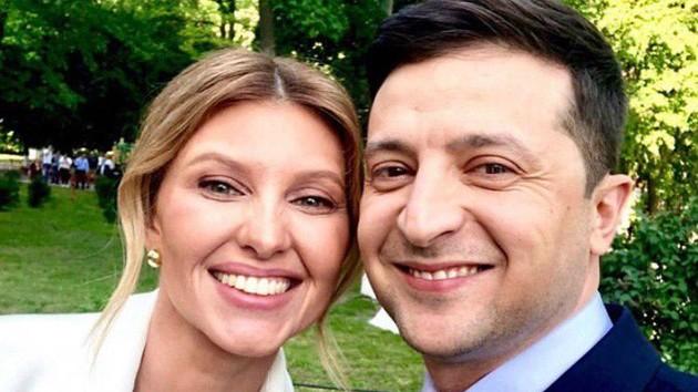 Зеленские отмечают годовщину свадьбы: в сети появились архивные фото