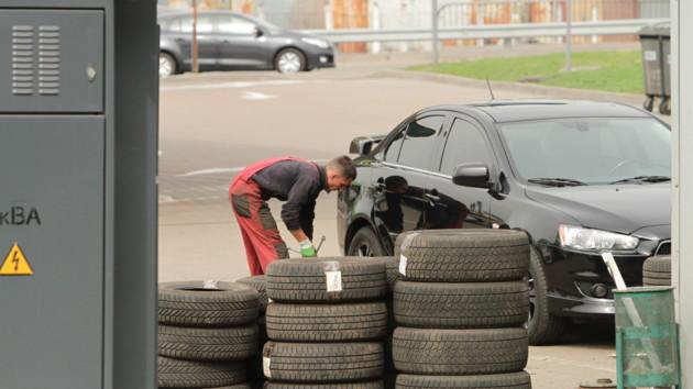 Ціни на пальне почали зростати: чого чекати автовласникам у жовтні, фото-1