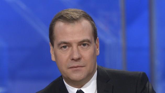 """Медведев пожаловался на """"Большую семерку"""": Россию в полном объеме никогда не пускали"""
