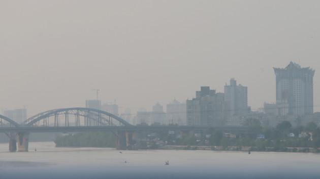 В Киеве показали, как спасают город от смога - видео