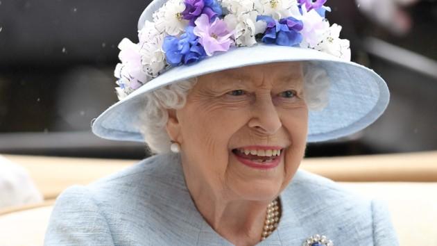 Королева Елизавета II тепло поздравила украинцев с Днем Независимости