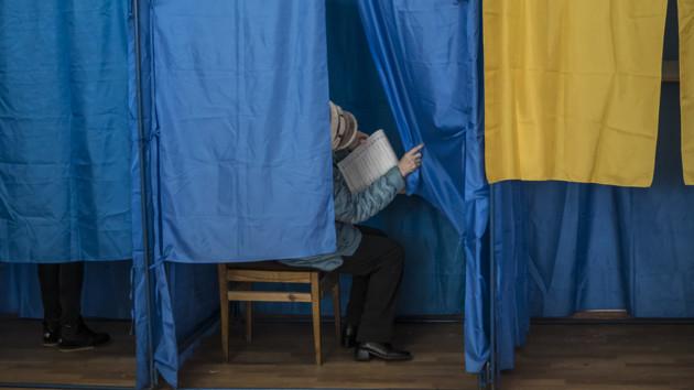 """В """"Слуге народа"""" выбрали дату местных выборов: документ уже в Раде"""