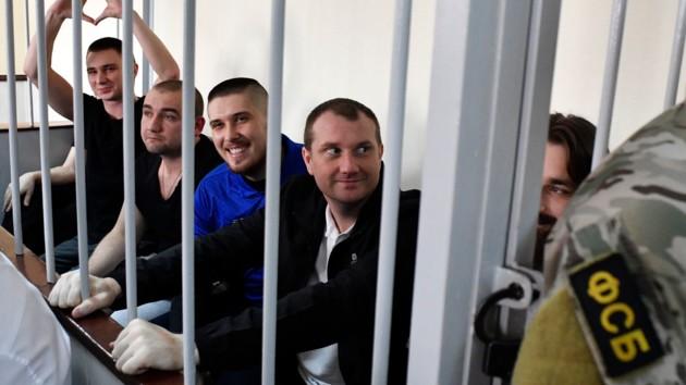Освобожденные из плена украинские моряки дают пресс-конференцию: онлайн трансляция