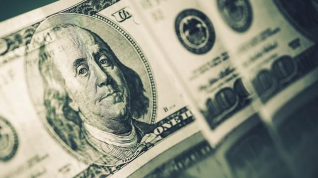 Курс доллара в Украине упал до минимума за месяц