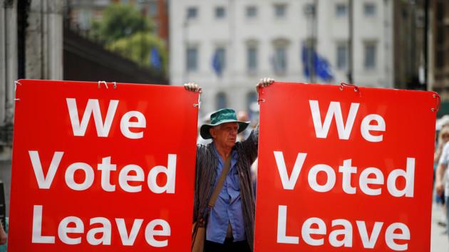 Джонсон сломался: Британия попросит отсрочить Brexit
