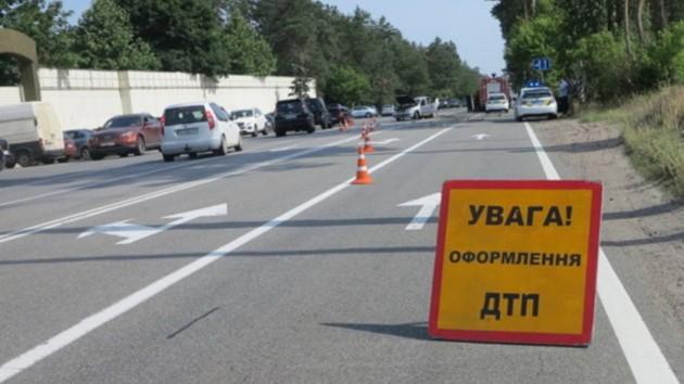 Во Львовской области столкнулись две легковушки: погибла женщина