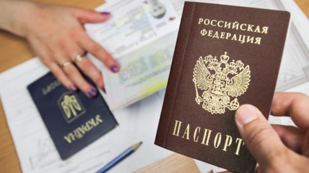 """МИД Германии запретил ставить визы в российские """"паспорта"""" жителей ОРДЛО  - посол"""