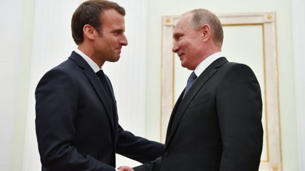После разговора с Зеленским Макрон созвонится с Путиным и Меркель