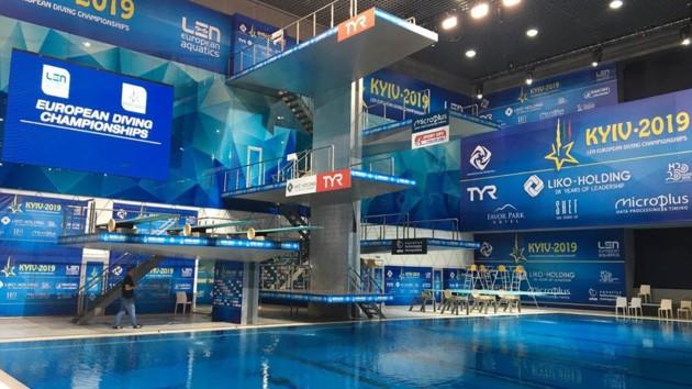 """Середа и Сербин выиграли """"серебро"""" чемпионата Европы по прыжкам в воду"""
