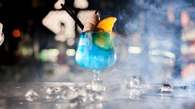 "Как приготовить коктейль ""Голубая Маргарита"""