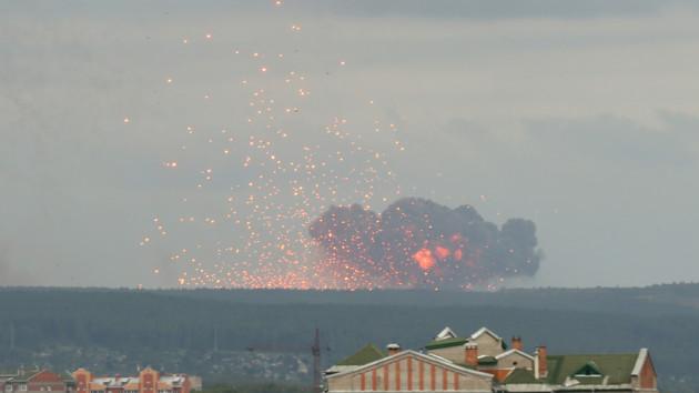 Новые взрывы боеприпасов в России: стала известна причина