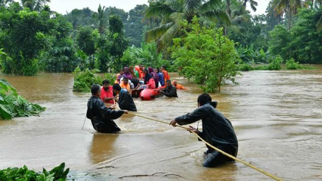 Минимум 28 человек погибли из-за наводнений в Индии