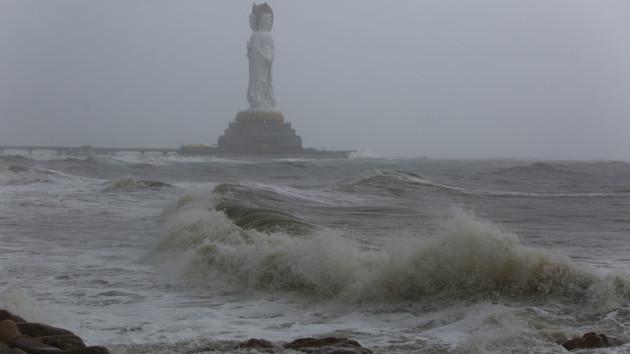 В Китае бушует тайфун «Лекима»: число жертв возросло до 28 человек
