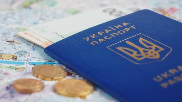 Жители каких стран мира оформили больше всего виз в Украину