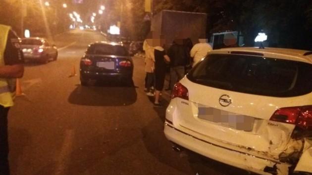 В Харькове во время погони за нарушителем патрульные попали в ДТП: есть пострадавшие