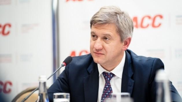 Опытный экономист и экстремал: что нужно знать о потенциальном премьер-министре Александре Данилюке
