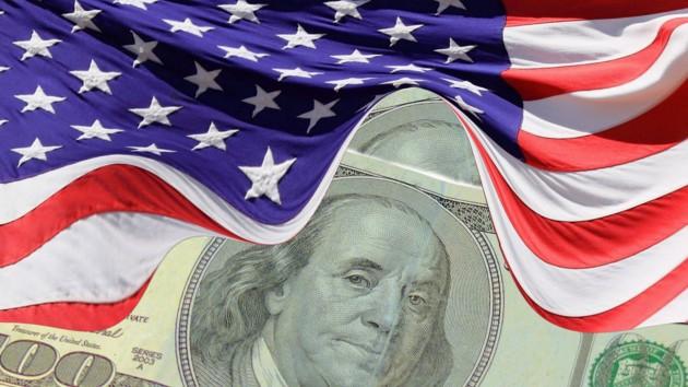 """Дыра"" в бюджете США рекордно разрослась"