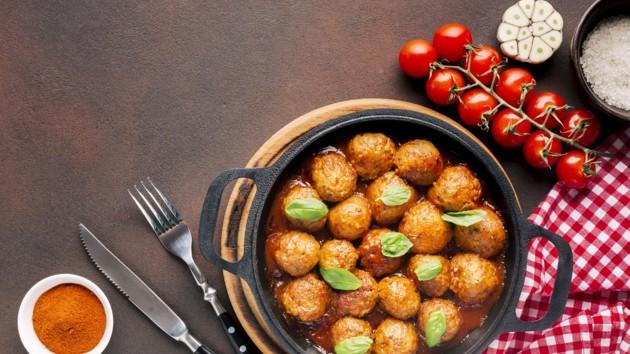 Мясные шарики в густом томатном соусе по-итальянски: рецепт дня