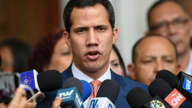 Гуйадо заверил, что венесуэльский парламент продолжит работу при любых обстоятельствах
