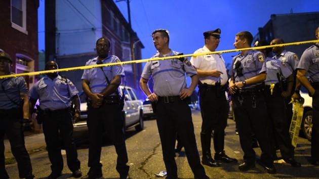 Подозреваемый в стрельбе в Филадельфии сдался полиции